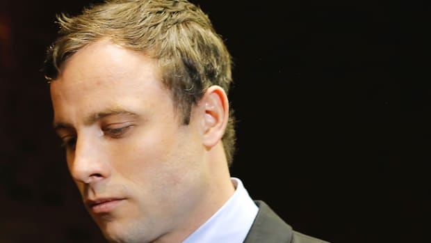131120110736-oscar-pistorius-two-more-gun-charges-single-image-cut.jpg