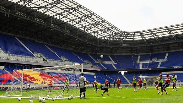 130425125638-red-bull-arena-single-image-cut.jpg