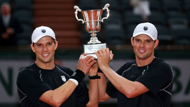 130608155254-bryan-brothers-french-open-single-image-cut.jpg