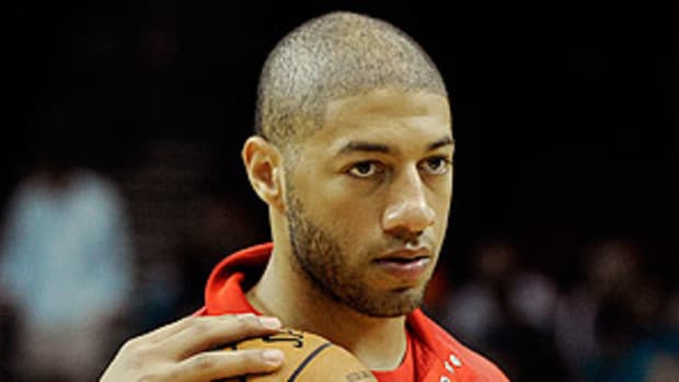 130212153355-royce-white-rockets-rookie-single-image-cut.jpg
