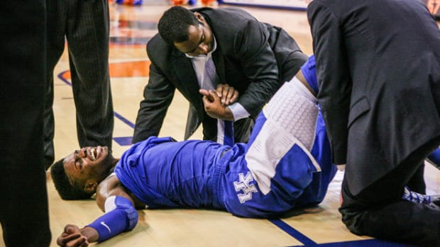 130213161400-nerlens-noel-injury-1-story-body.jpg