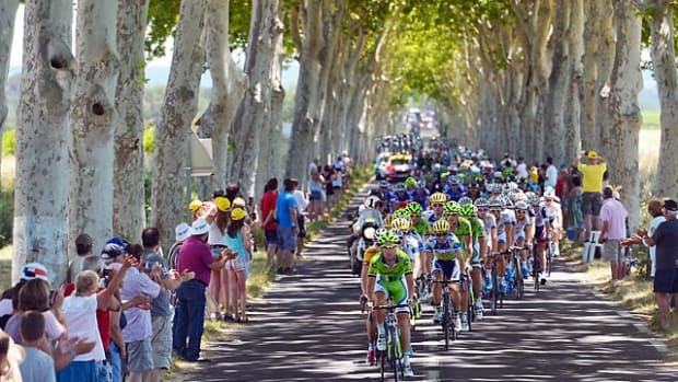 130708171251-tour-de-france-fans-225-tour-de-france-single-image-cut.jpg