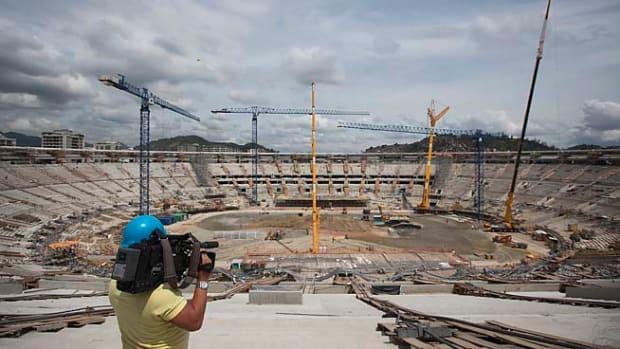 130410102539-maracana-stadium-single-image-cut.jpg