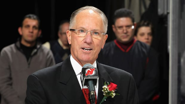 Mike Emrick :: Andy Marlin/Getty Images