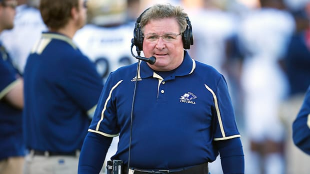 terry-bowden-akron-contract-extension.jpg