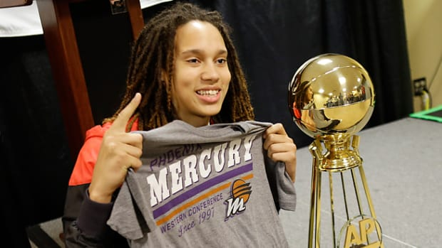 130415202454-brittney-griner-single-image-cut.jpg