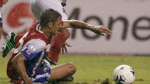 130619022445-celso-borges-goal-costa-rica-panama-single-image-cut.jpg
