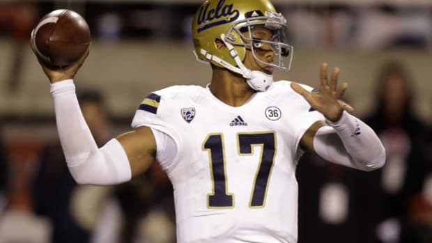131004034146-brett-hundley-3-touchdowns-ucla-utah-single-image-cut.jpg