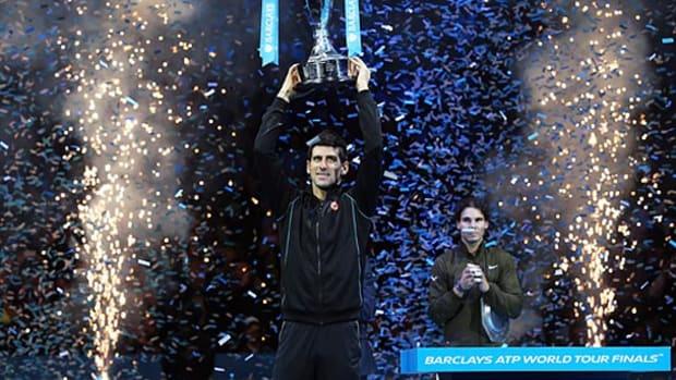 novak-djokovic-trophy.jpg