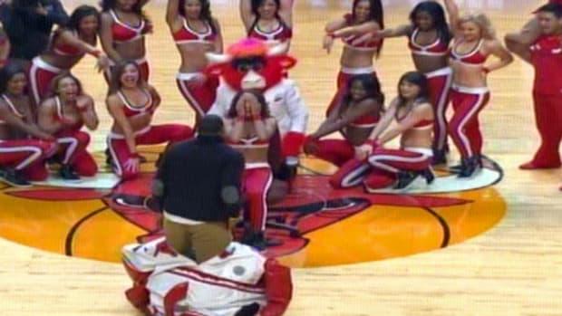 bulls-dancer-21.jpg