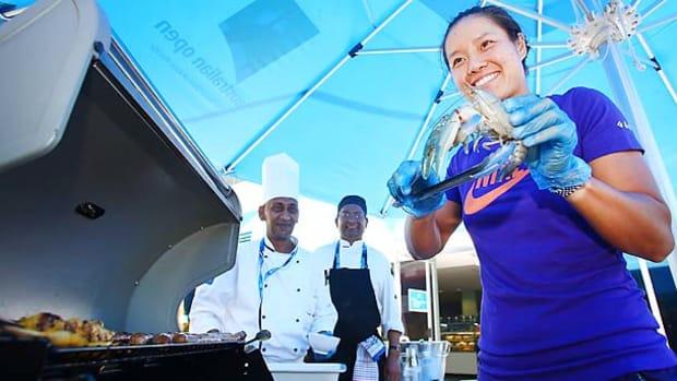 li-na-australian-open-prawns.jpg