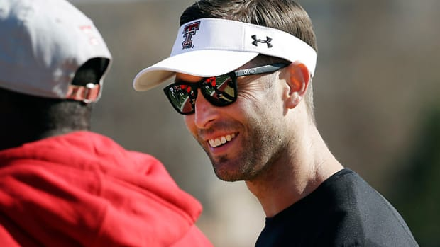 130401112224-kliff-kingsbury-single-image-cut.jpg