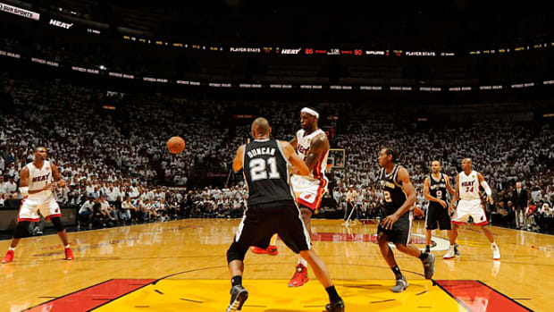 130607012148-lebron-duncan-game1-single-image-cut.jpg