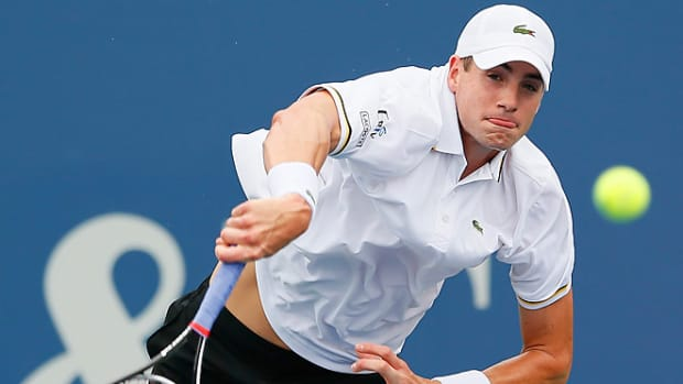 130727215148-john-isner-tennis-single-image-cut.jpg