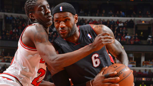 131206004214-lebron-james-miami-heat-chicago-bulls-single-image-cut.jpg