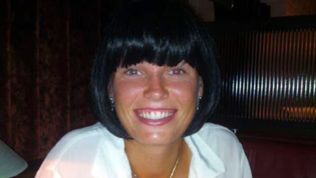 caroline-wozniacki-wig.jpg