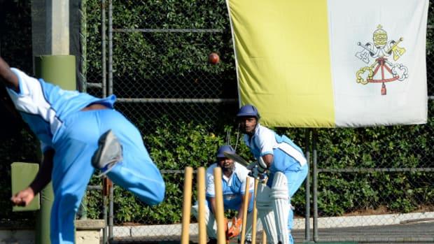 cricket600.jpg