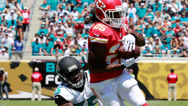 130911152109-jamaal-charles-injury-kansas-city-chiefs-single-image-cut.jpg