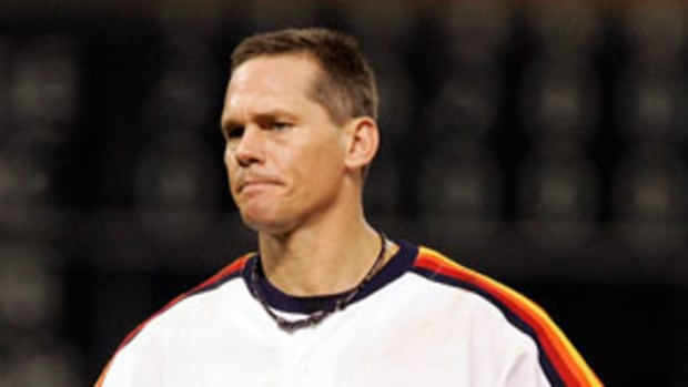 130110154131-craig-biggio-ap2-single-image-cut.jpg