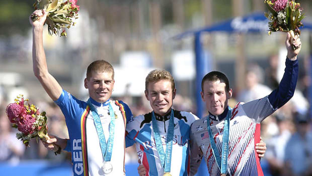 130909163147-lance-armstrong-olympics-medal-ioc-single-image-cut.jpg