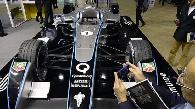 131213170037-formula-e-car-single-image-cut.jpg