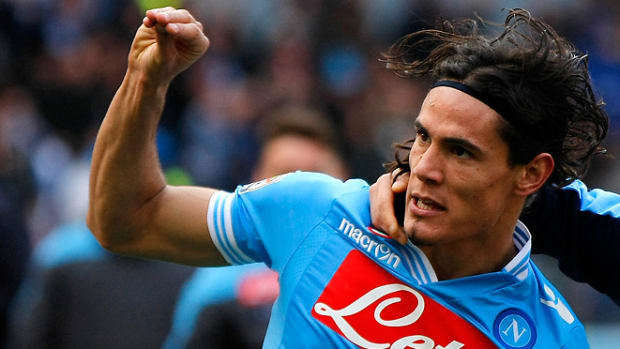 130317132122-cavani-napoli-single-image-cut.jpg