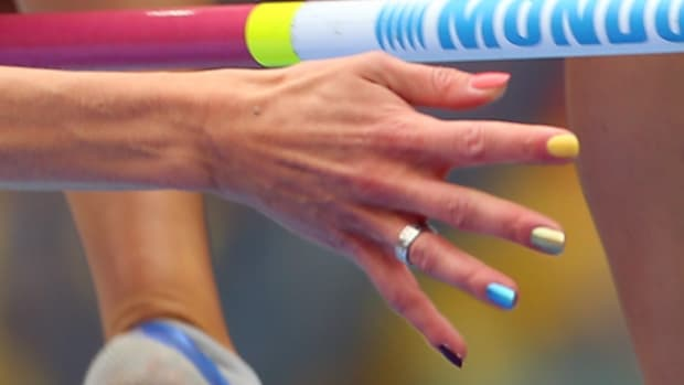 130815120448-rainbow-nails-russia-protest-world-championships-single-image-cut.jpg