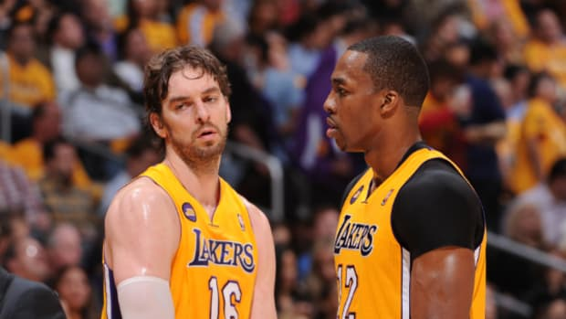 pau-gasol-dwight-howard.jpg