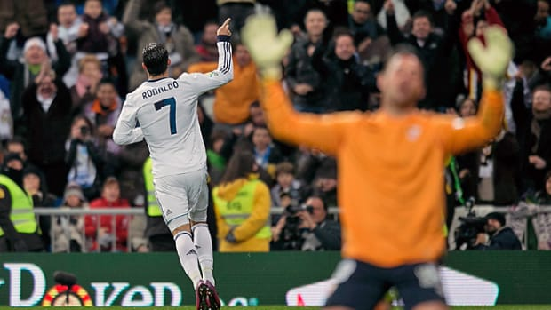 130209182857-crisitano-ronaldo-440-single-image-cut.jpg