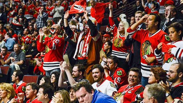 130614160131-blackhawks-fans-single-image-cut.jpg