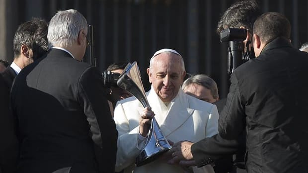 131218233026-pope-francis-trophy-t2-single-image-cut.jpg