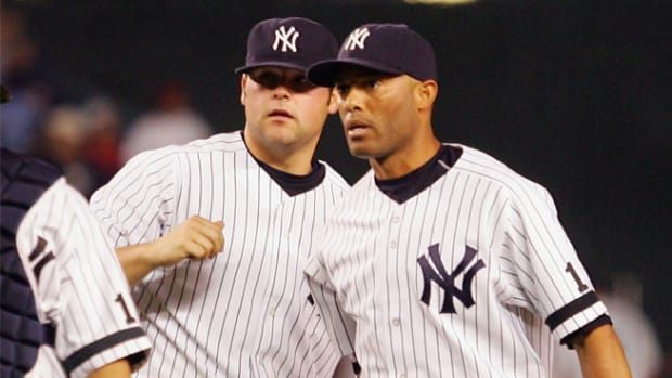 130512104514-joba-chamberlain-mariano-rivera-argument-single-image-cut.jpg