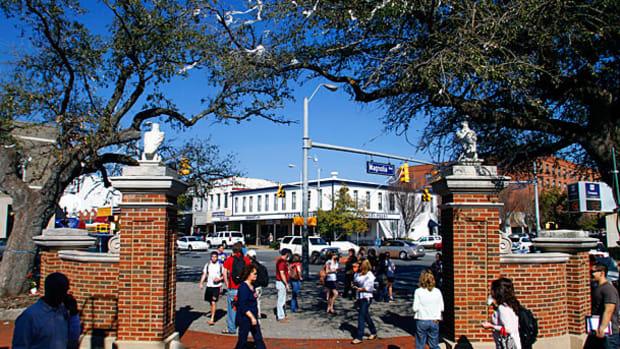 toomers-corner-campus-union.jpg