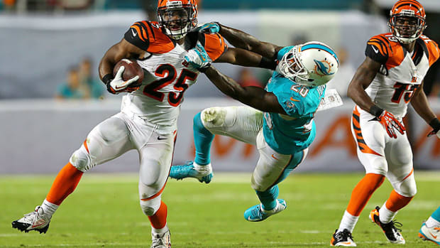 131105112904-nfl-midseason-report-2013-gio-bernard-single-image-cut.jpg