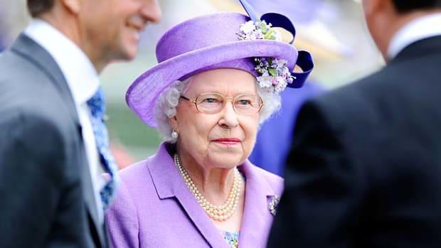 130620132934-queen-elizabeth-single-image-cut.jpg