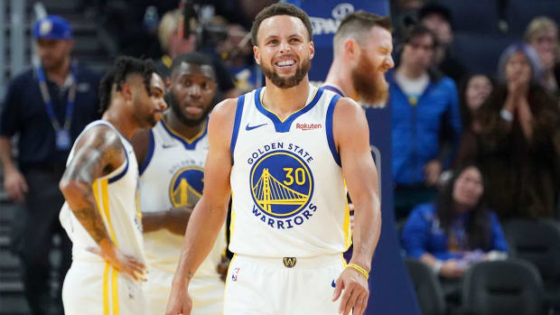 Stephen-Curry-Plans-On-Returning