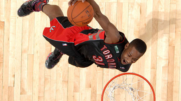 terrence-ross-dunk-contest-grades.jpg