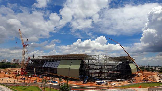 131212220336-cuiabas-stadium-single-image-cut.jpg