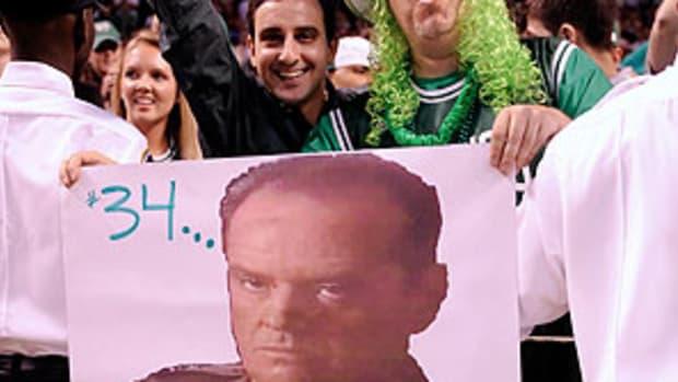 CelticsFans.jpg