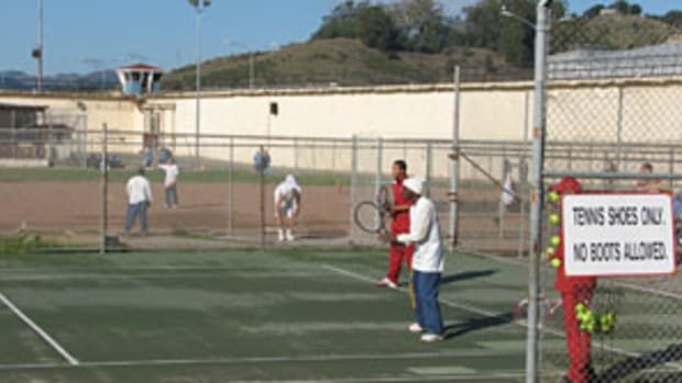 san-quentin-tennis.jpg