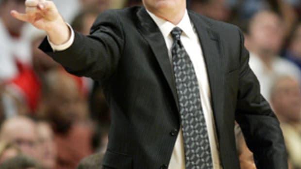 p1.bucks.coach.jpg