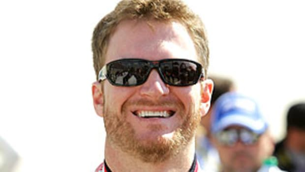 Dale-Earnhardt-Jr-1.jpg