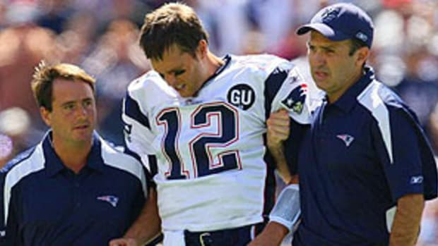 tom-brady-injured.jpg