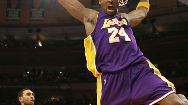 Kobe Bryant, Lakers   61 points at NY, Feb. 2, 2009