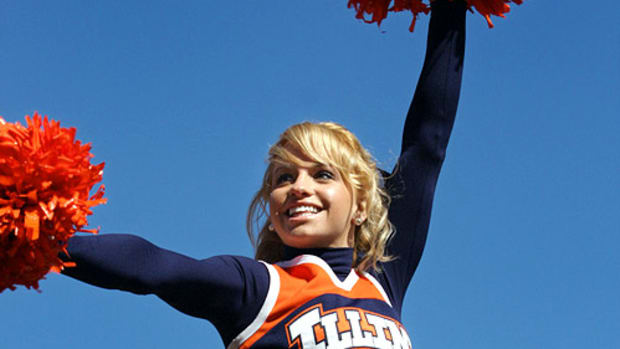 illinois-cheerleader-kristina%2801%29.jpg