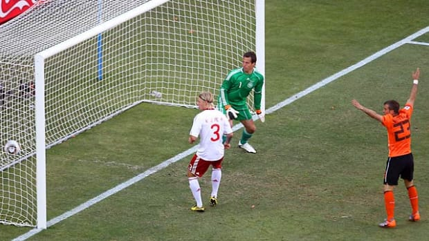 Netherlands 2, Denmark 0