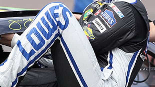 Jimmie-Johnson-Vegas.jpg