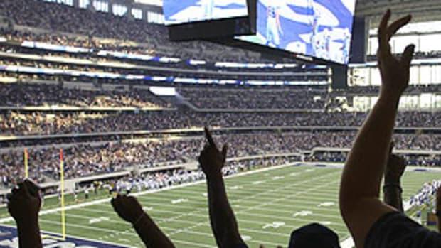cowboys-scoreboard.jpg
