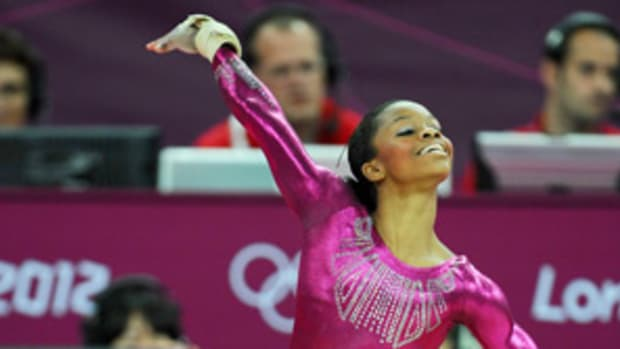 121221190015-gabby-douglas-single-image-cut.jpg