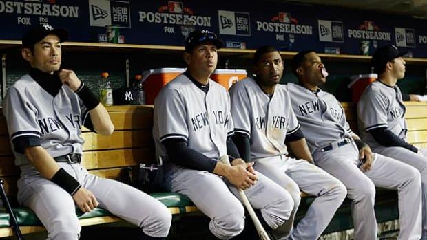 new-york-yankees-dejected-dugout.jpg